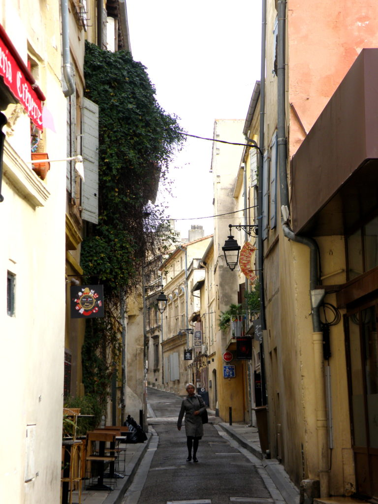 streets of arles france
